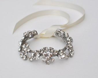 Crystal bracelet, Bridal bracelet, Bridesmaid gift, bridesmaid bracelet, Wedding bracelet, bracelet, bridal accessory, wedding, accessory