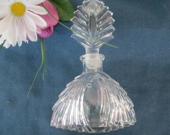 Vintage Waterfall Design Clear Perfume Cologne Bottle With Leaf Stopper Collectible Glass Vanity Dresser Home Decor