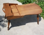 Antique Vintage Solid Maple Cobbler Coffee Table, Great Condition, Great Lines, Curves, Love it