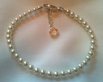 Swarovski Elegant White Baby Pearl Bracelet