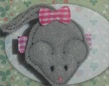 Gray Mouse Felt Hair Clip