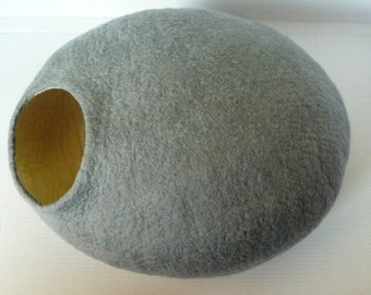 Felted Cat Cave/ Cocoon/ Cat House / Gray  Stone and GIFT