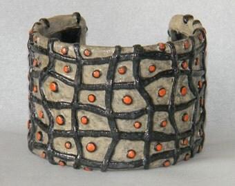 Cuff Bracelet Bangle Distressed Boho Polymer Clay Mid Century Modern Jewelry Women NETTING34 by ArtCirque Donna Pellegata