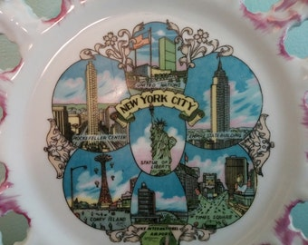 Vintage New York City Souvenir Plate. Kitschy New York Souvenir Collector's Plate
