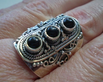 Black Onyx (Natural) 925 Sterling Silver Ring Size 8.50