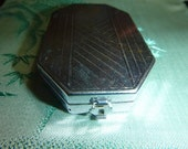 30's Art Deco Compact Modernistic Geometric Gothic Vintage 1931 Gatsby Flappper Perfume Compacts French Houbigant Vanity Case Beauty Compact