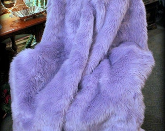 Luxurious Lavender Orchid Faux Fur Throw Blanket / Comforter / Light Purple Shaggy Fur / Made in USA / Minky Fur Lining / All New Sizes