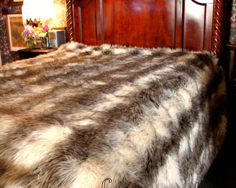 FUR ACCETNS Faux Fur  Bedspread / Comforter / Throw Blanket / Gray Stripe Wolf