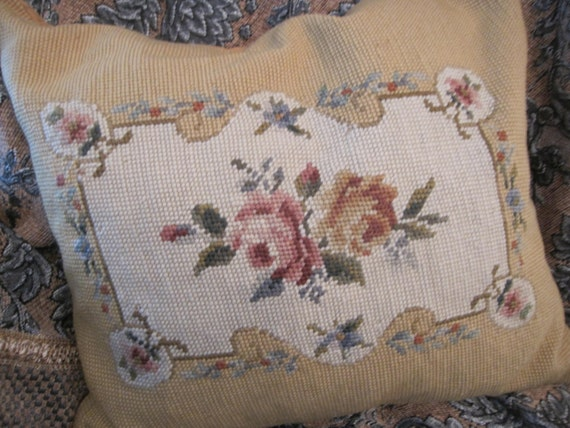 Victorian Tapestry Pillows : Beautiful// Antique// Victorian// ROSES// Needlepoint Pillow