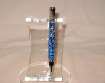 Executive Twist Pen with Chrome plated Hunters Rifle Clip in a Crushed blue and white acrylic( Chrome plated finish)