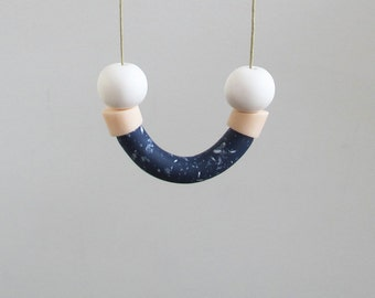 Smile necklace in blue, cream and white