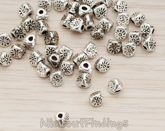 BDS950-AS // Glossy Antique Silver Plated Oriental Triangle Shapted Metal Bead, 4 Pc