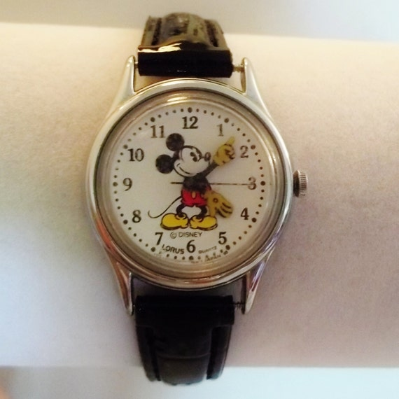 Vintage Mickey Mouse Disney Lorus Womens Working Watchnew