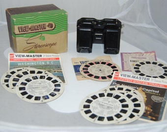 Vintage View Master along with 8 picture disks