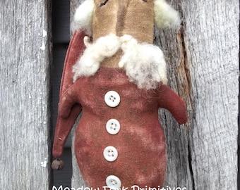 Primitive Folk Art--Sleepy Santa Ornie--Christmas--Winter--Hafair Team