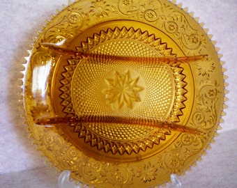 Amber Sandwich Glass Hors d' Oeuvre Snack Divided Plate - 1020