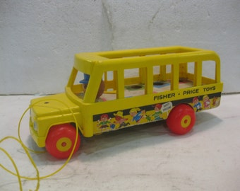 1980's Fisher Price School Bus Pull Toy #192 fp21