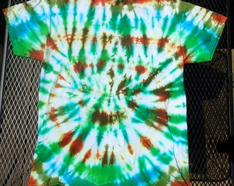 Men's Medium Tie-dyed T-shirt