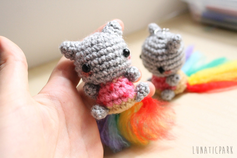 Nyan Cat Amigurumi Free Pattern : Cute amigurumi of Nyan cat keychain or mini plush you can