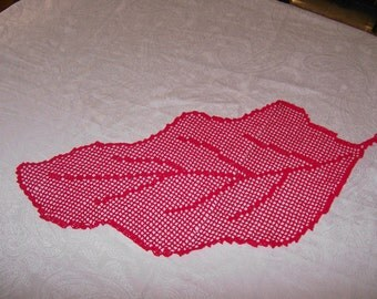 Red table runner autumn leaf