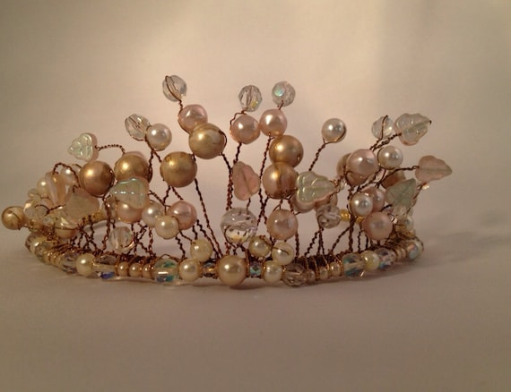 Wedding Headpiece, Vintage Tiara, Pearl Crown,Blush Bridal Crown, Ethereal Bride, Bohoheadpiece, Bridal headpiece, Pearl and Gold Crown -