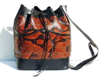 STUNNING Vintage Shoulder bag SAC style , 100% snake skin from the 80s