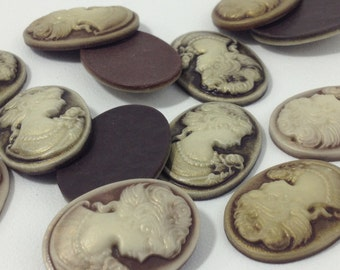 5pc. Brown Resin Antique Style Cameo