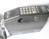 Vintage Box Cellular (Field) Mobile Phone made In Russian and Distriubted In Italy by Italtel and SIP