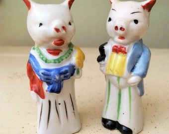 Adorable Vintage Mr. and Mrs. Salt and Pepper Shakers