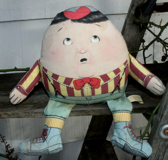 Vintage The Toy Works Stuffed Humpty Dumpty Doll