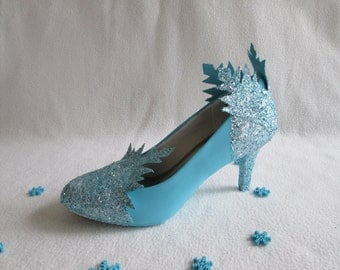 Ice Queen Shoes Pattern & Instructions Instant Download - Snowflake Adult Shoes Template