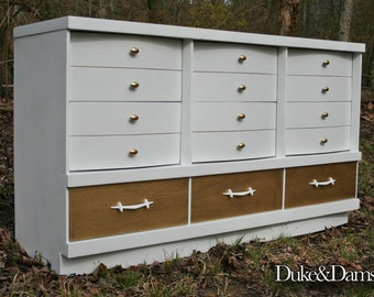 Atomic Mid-Century Bassett Dresser