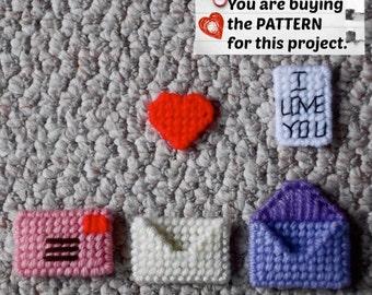 Plastic Canvas Pattern: Mini Motifs -- Valentine's Day Envelopes ***PATTERN ONLY***