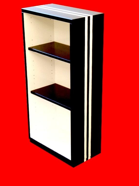 etag re noir blanc upcycl e en bois m lamin peinte. Black Bedroom Furniture Sets. Home Design Ideas