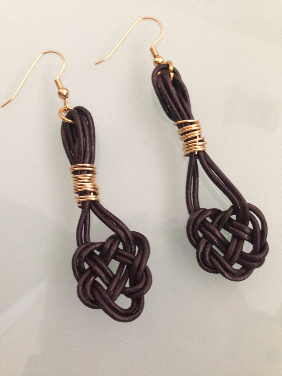 celtic knotwork earrings leather celtic knot earrings celtic knot brown leather 4097