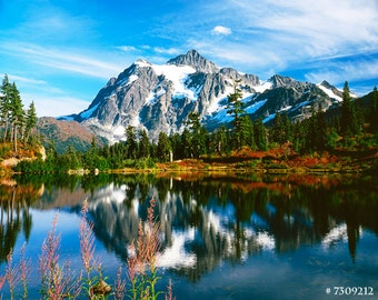 Mt. Shuksan and Picture Lake in Autumn, Washington State, USA. Nature Landscape Photography