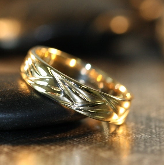 unique wedding band for him and her in 14k yellow gold comfort. Black Bedroom Furniture Sets. Home Design Ideas