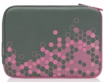 Belkin Sleeve/Pouch Case - Can Be Used For Netbooks Up To 8.9″