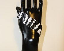 "Cuff collection Graaouu motif ""Zebra"" beads Miyuki delicas weaving craft"