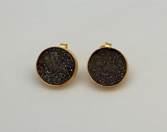 Raw Black Drusy Stud Earrings, Black Druzy Gemstone Stud Earring, Raw Gemstone Stud Earrings, Bezel Stud Earrings, Black Druzzy Earrings
