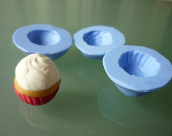 Silicone cupcake molds, 3 sizes to choose from