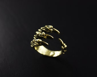 Unique  Raven Claw Ring