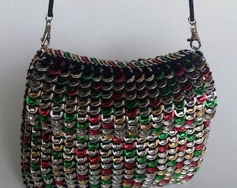 Handtaschen Dosen und Recycling
