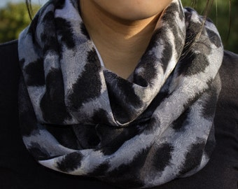 Large Print Grey Toned Leopard Print Infinity Scarf (Cowl)