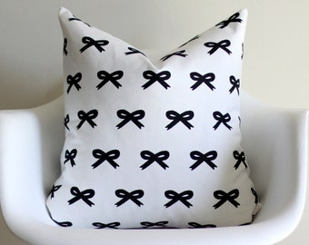 Navy Hand Drawn Bow Print 20x20 Throw Pillow Cover