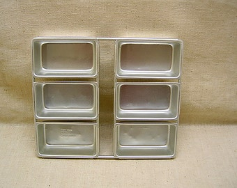 Wilton Small Loaf Pans - Vintage
