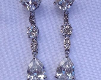 Elegant Linear Drop Rhinestone Earrings - Bride, Mother of the Bride, Bridesmaid, Wedding, Prom, Gift