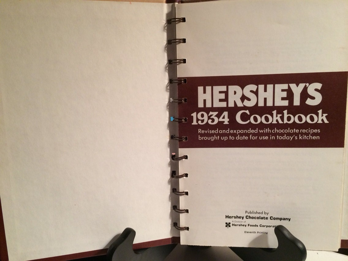 Hershey\'s 1934 Cookbook from SavetheBooBees on Etsy Studio