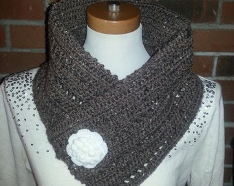Beautiful crochet neckwarmer