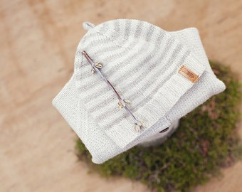 Newborn hat / Hand knitted organic wool baby hat / Newborn beanie / Newborn photo prop